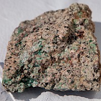 Disseminated malachite in Quartz Monzonite